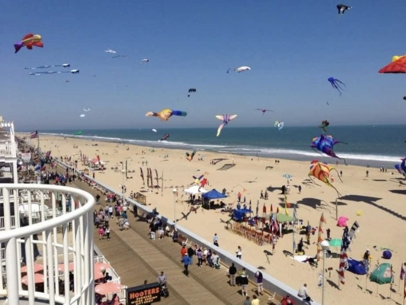Kites on the beach and boardwalk